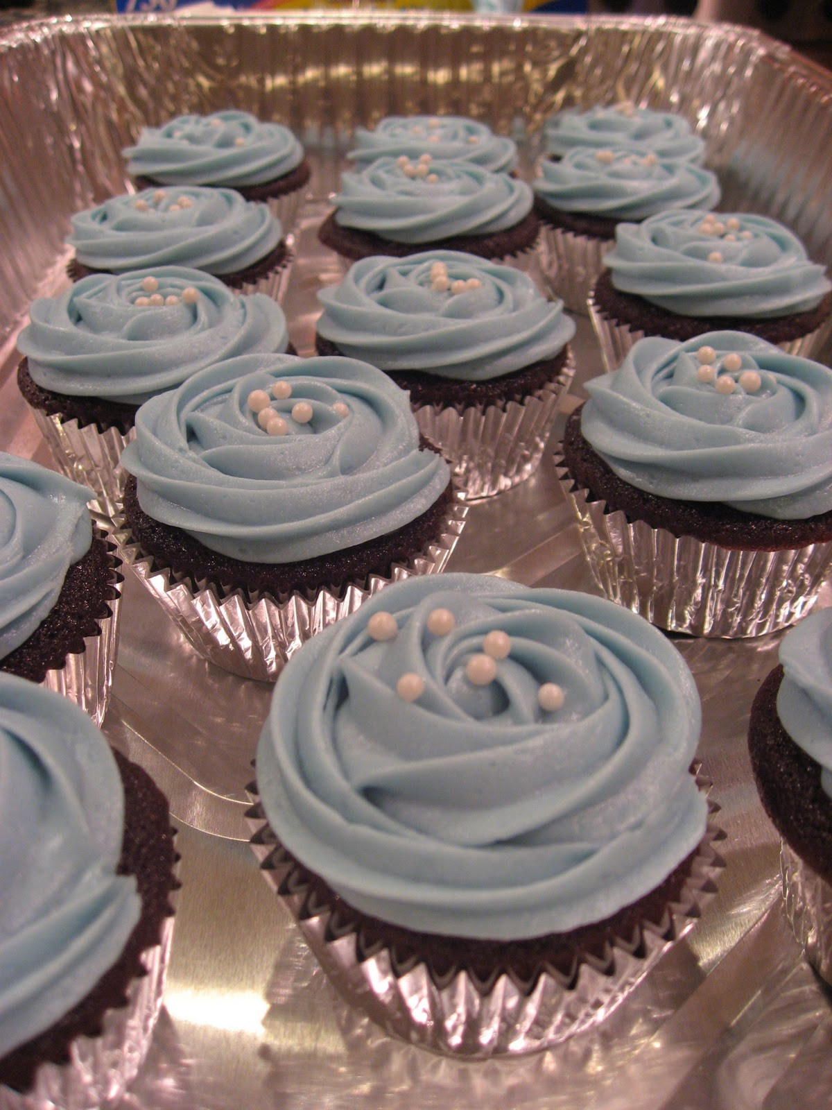 Getting Baked With Kat Devils Food Baby Shower Cupcakes Its A Boy