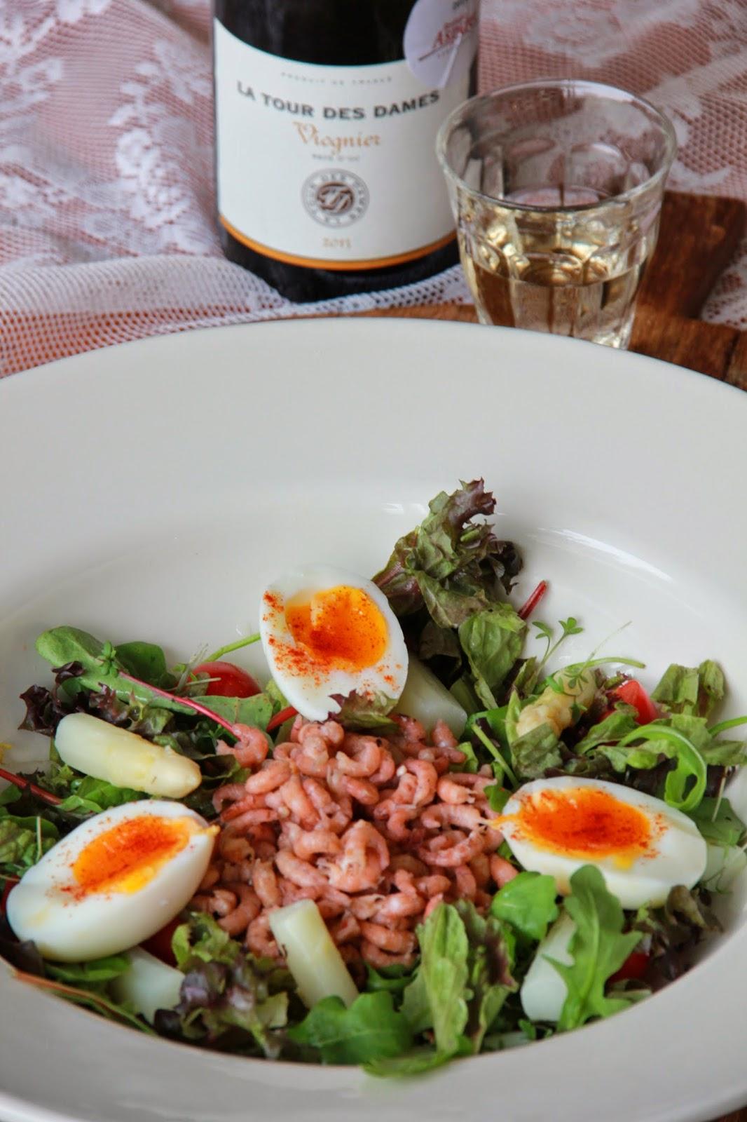 Salade met asperges & Hollandse garnalen en aspergewijn van het jaar - www.desmaakvancecile.com