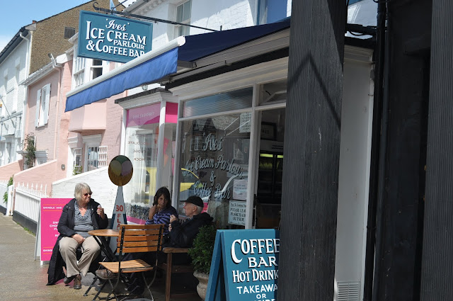 Ives+ice+cream+parlour+Aldeburgh