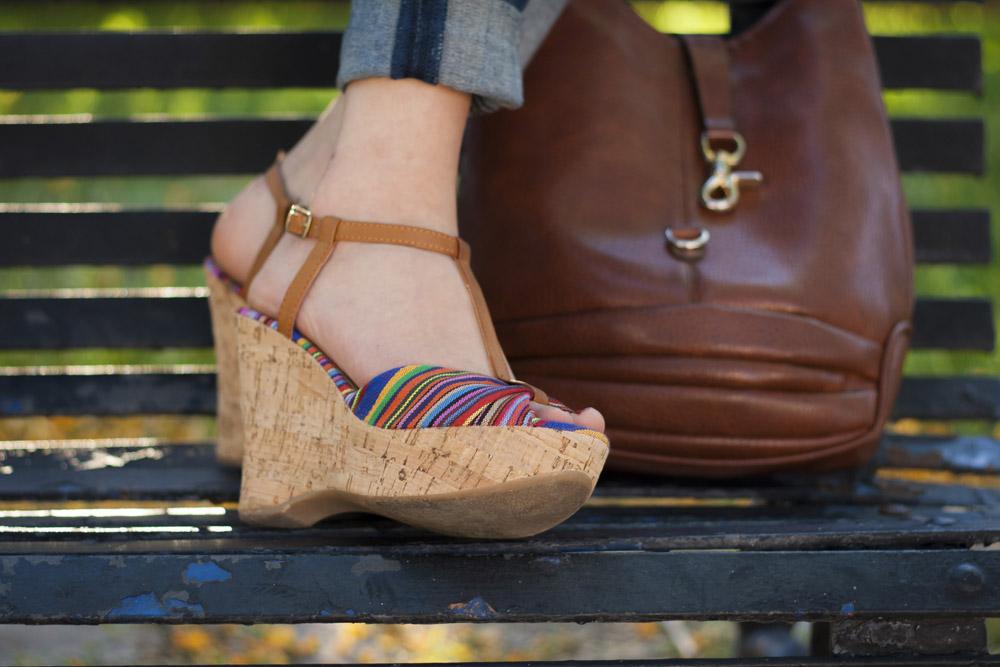 zapatos estampado azteca