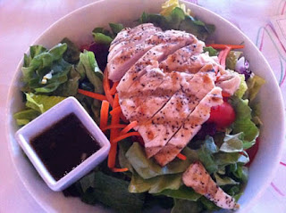 Greens Salad with grilled chicken