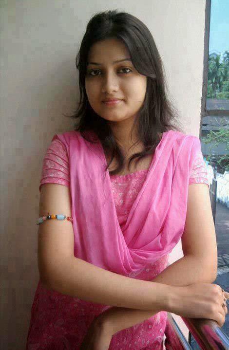 Celebraitys Hot & Sexy Images: Desi Mallu Aunty Open