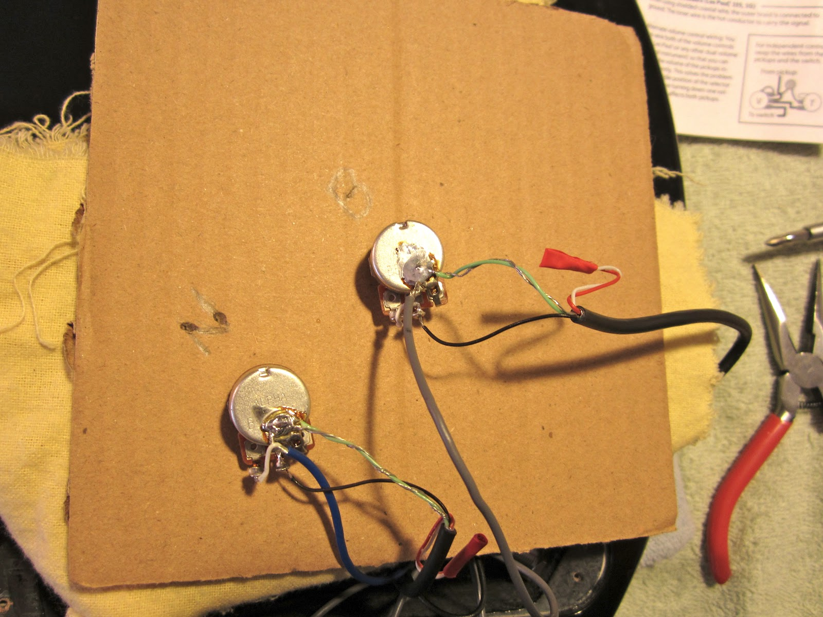 The Harvard Experiments Project 2 Pickup Replacement Hamer Xt Used Gibsonstyle Humbucking Set W Wiring Pots Switch And Soldering Leads To Volume With Cardboard As Support