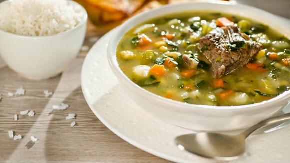 Sopa De Verduras Con Costilla