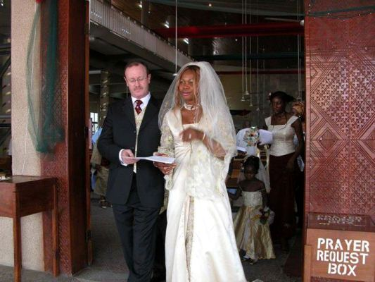 Photos Of Goldie And Her American Husband: Andrew Harvey Goldie+and+hubby+lindaikejiblog