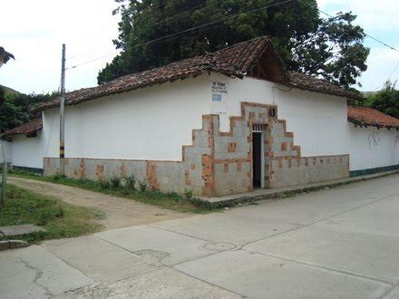 CASA COLONIAL EN YOTOCO