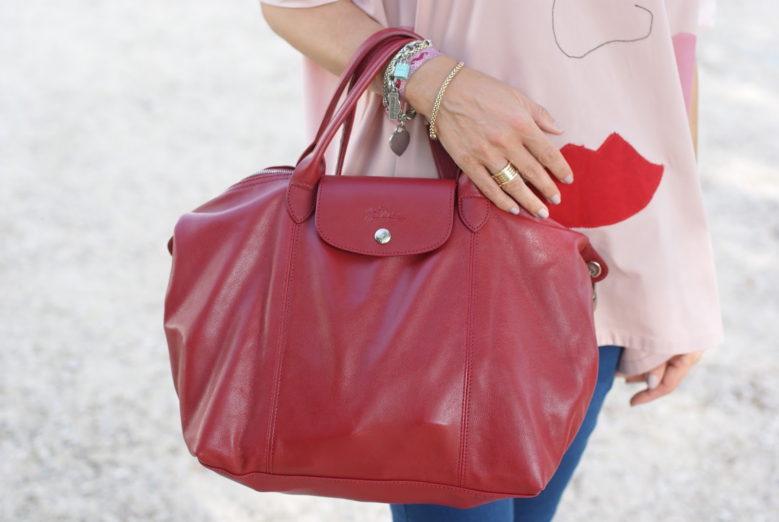 Longchamp Le Pliage cuir bag on Fashion and Cookies fashion blog
