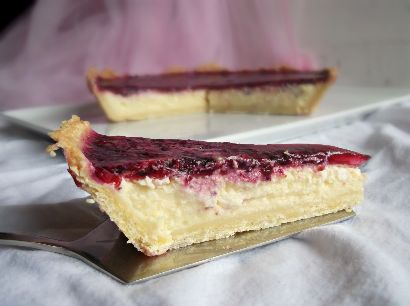Lick The Spoon: Vanilla Berry Cheesecake Tart