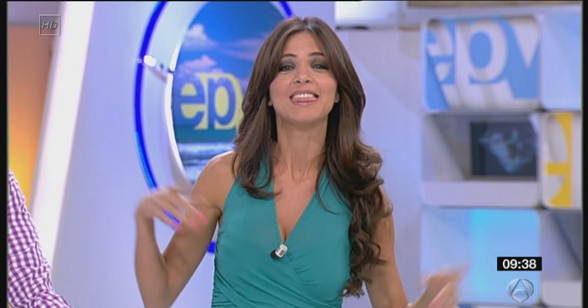 Presentadoras fernando romina belluscio caps espejo de for Espejo publico verano