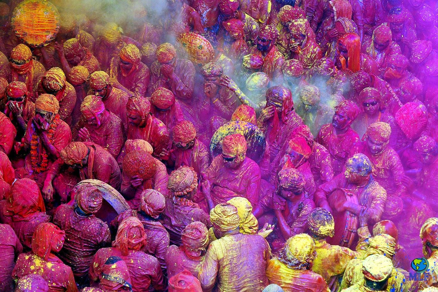 Gente y Costumbres: HOLI. El festival de color en la India.