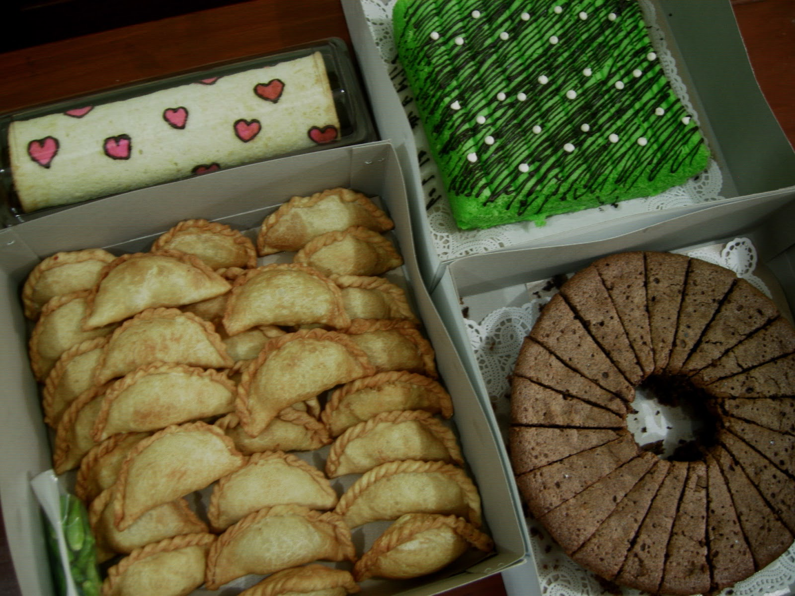 Strawberry Delight Cake Nugget