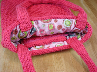 finishing, knitting, purse, sew, yarn, pink, design, lining, fabric, handles