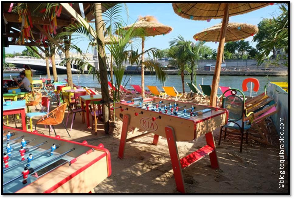 kia cabana fan zone Coupe du Monde Brésil 2014 plage et babybfoot Seine vue Tour Eiffel