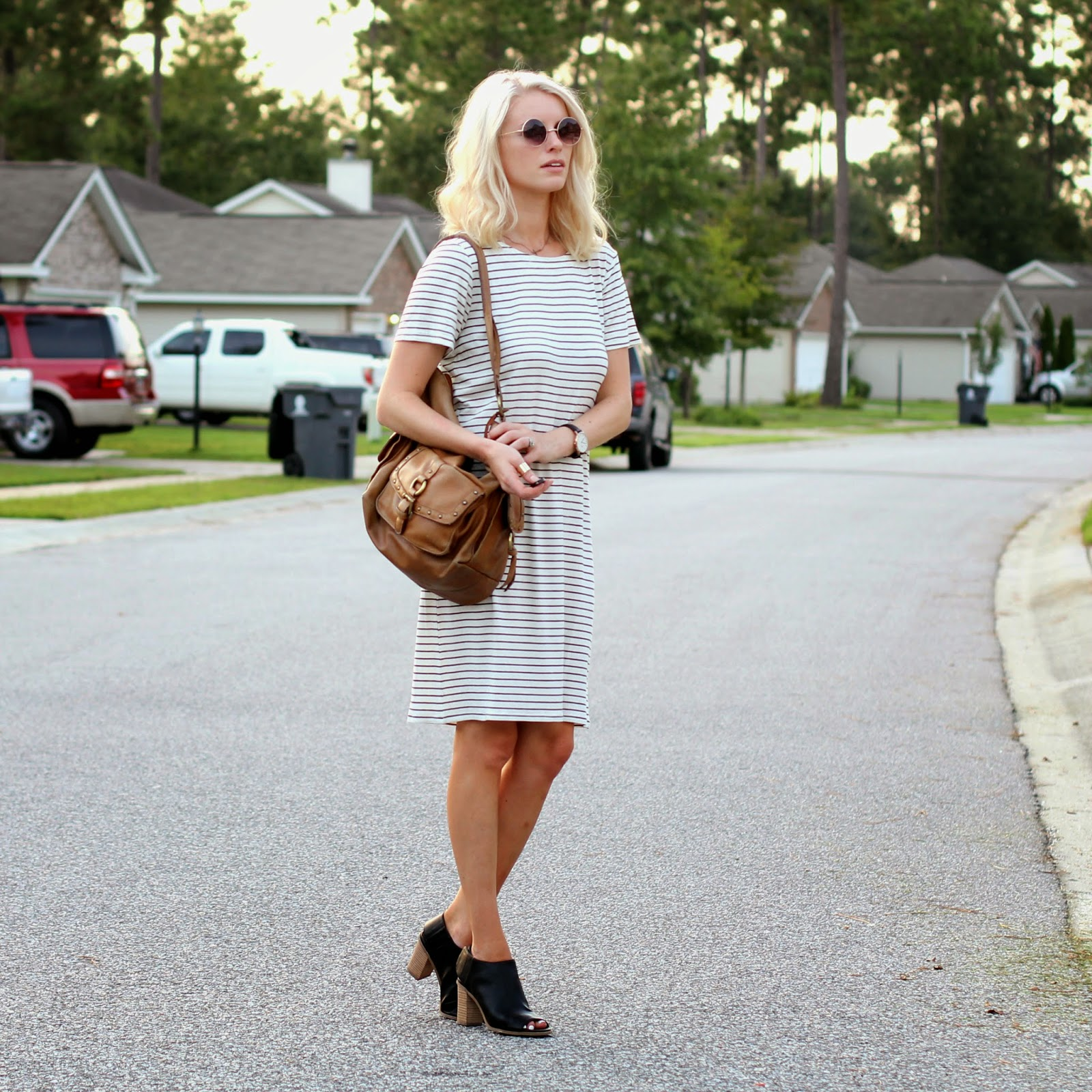 stripe dress + brown bag + daniel wellington watch + black mules// like the yogurt