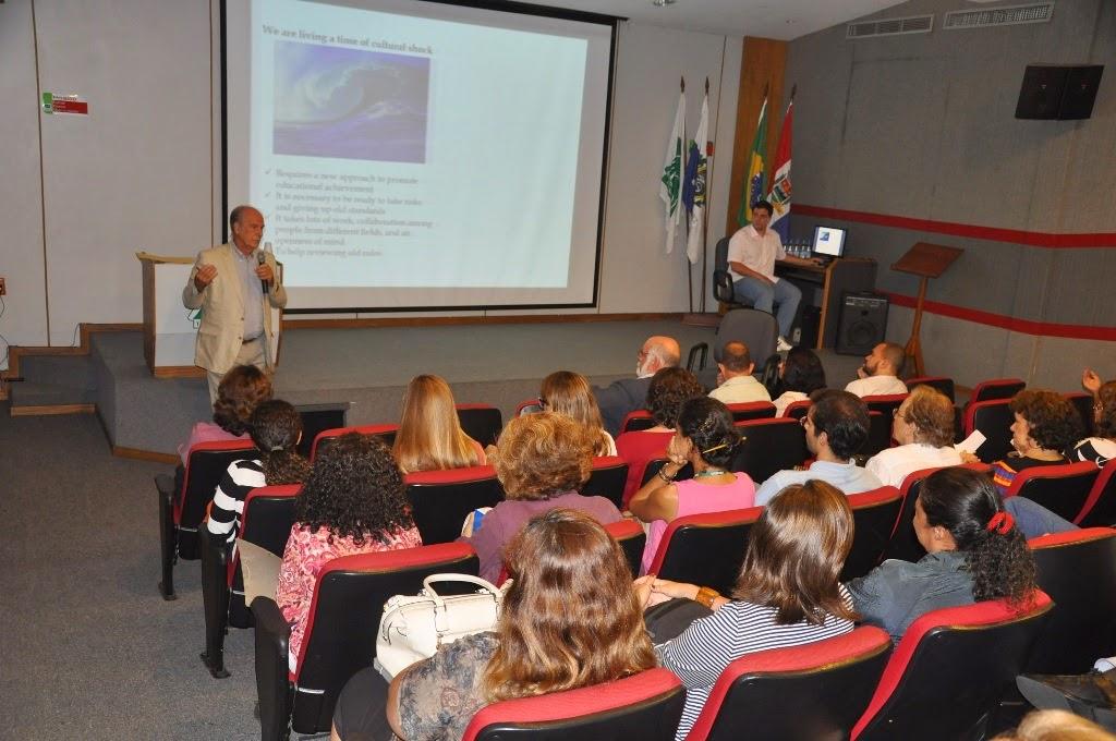 UNIFESO Teresópolis debate o novo projeto pedagógico dos cursos de Engenharia