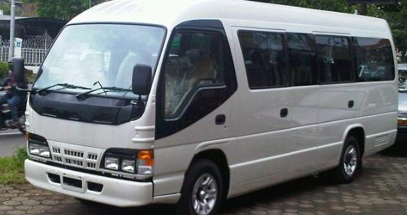 Sewa Bus Pariwisata dan Mikrobus: Sewa Bus ELF Long