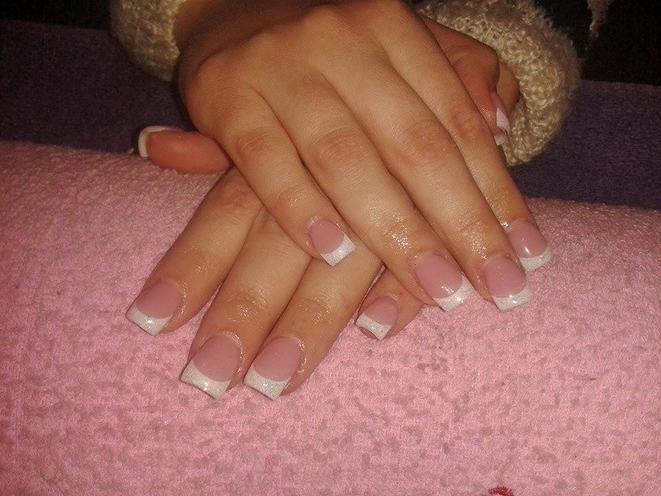 Lipstick Gossip by: Sparkle & Shine nails!