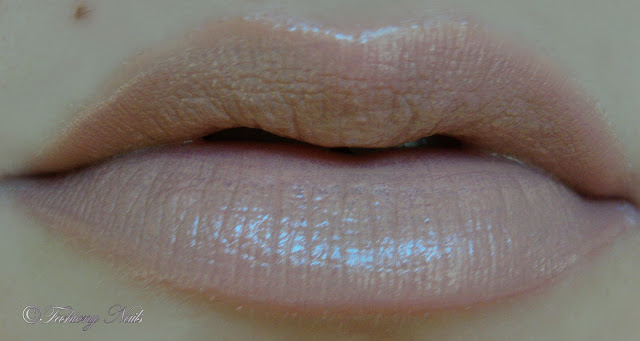 NYX round lipstick in Circe