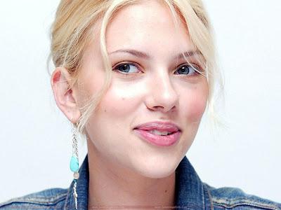 Scarlett Johansson natural sweet lips