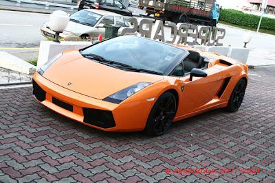 Orange Lamborghini Gallardo Spyder