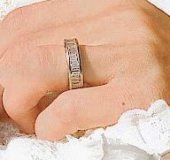 Queens of England Mary and Letizia the rings
