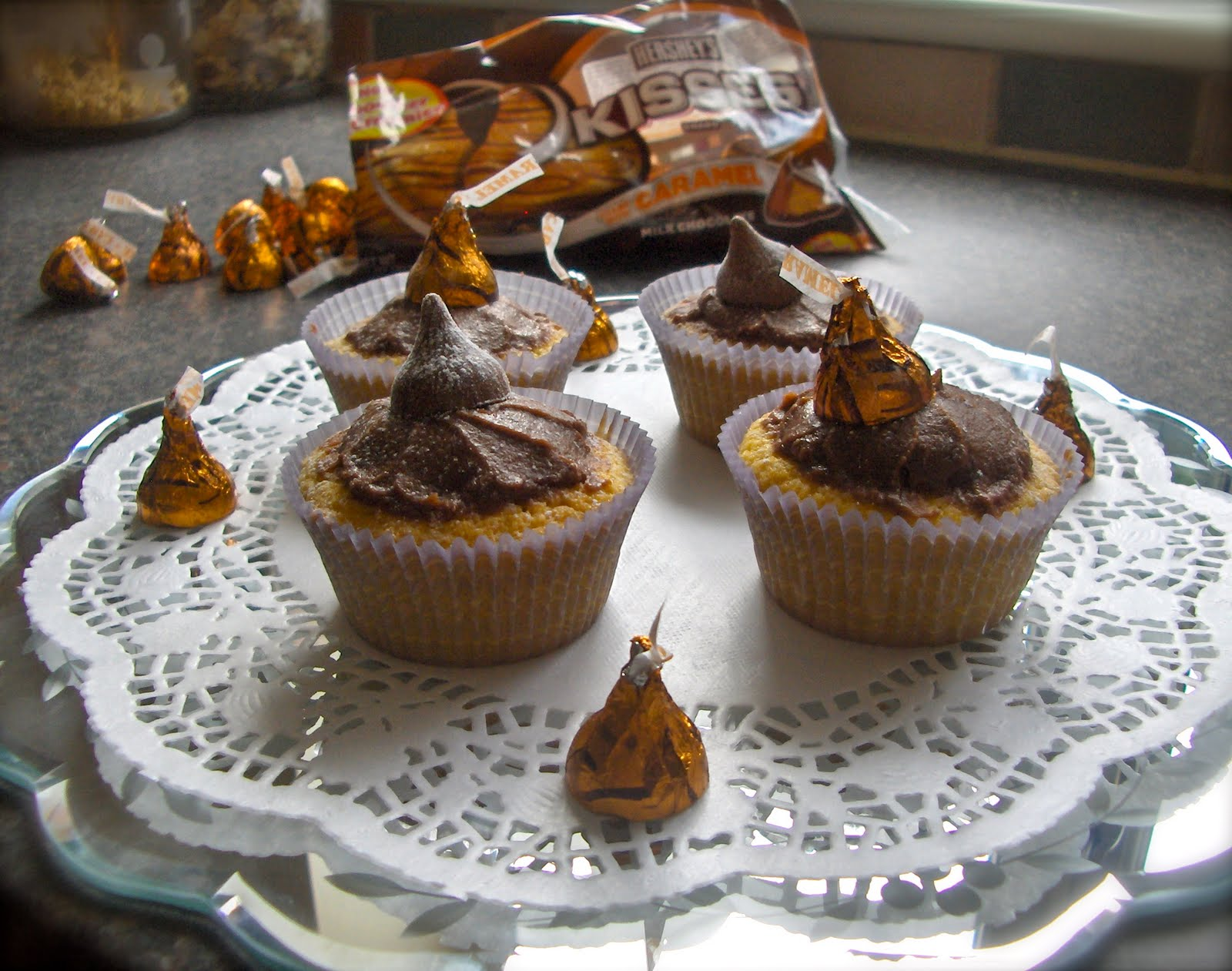 How To Make Chocolate Fairy Cakes Using Cocoa Powder