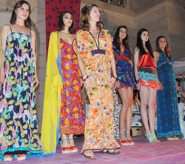 Los vestidos de Holi  por Dolores Barreiro primavera verano 2014.