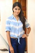 Pooja hegde gorgeous photo shoot-thumbnail-37