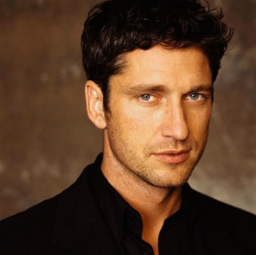 Gerard Butler Sexiest Photos (Top 10)