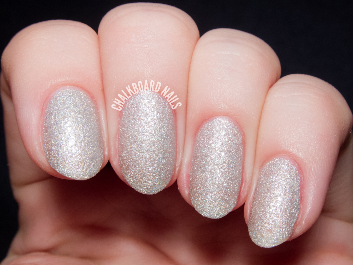Girly Bits Bette Davis Eyes via @chalkboardnails
