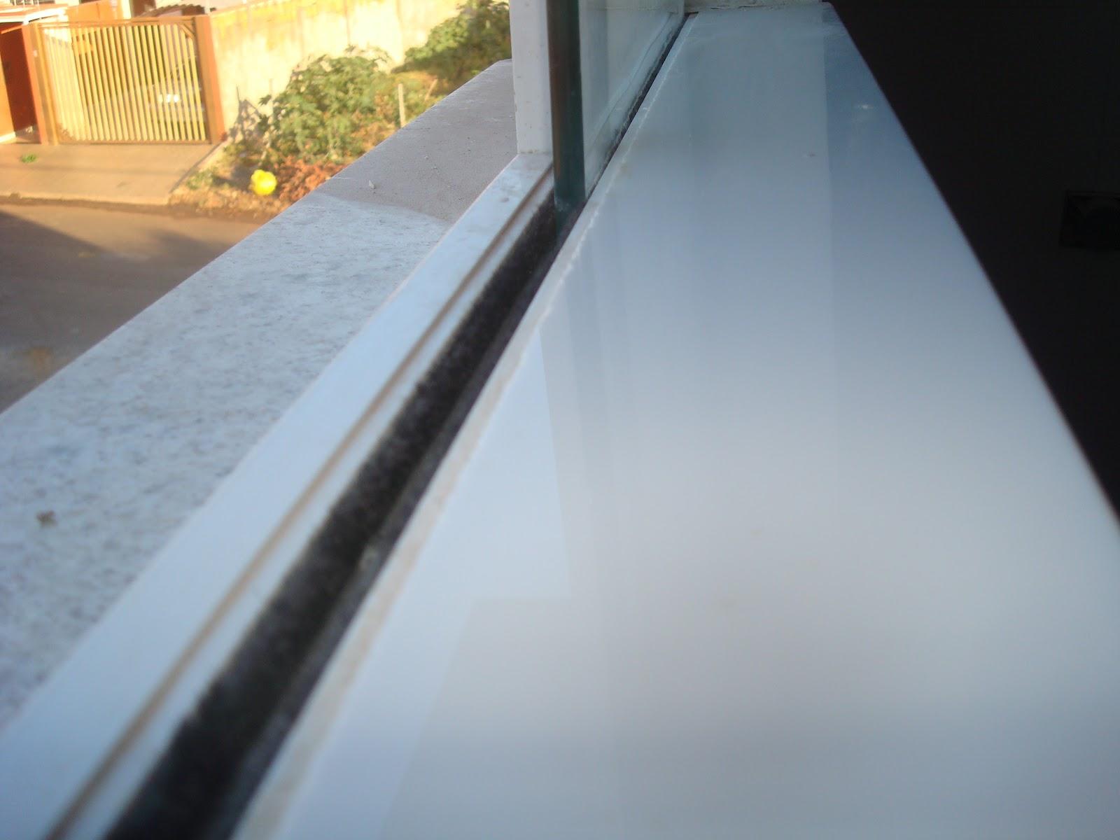 Banheiro da Manu Nanoglass por dentro e Branco Siena por fora. #AF801C 1600x1200 Banheiro Branco Siena