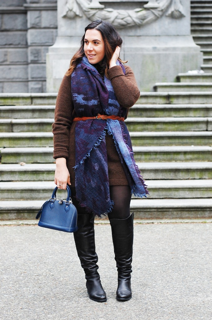 Wilfred by Aritzia Deconstructive blanket scarf outfit