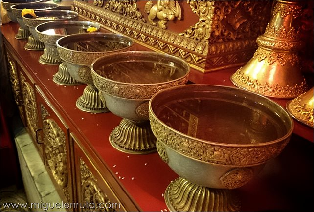 Boudhanath-Temple-Katmandu-Nepal_16