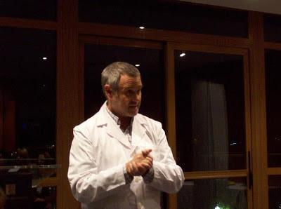 Jorge Salinas, Presidente de Atesora, durante la conferencia