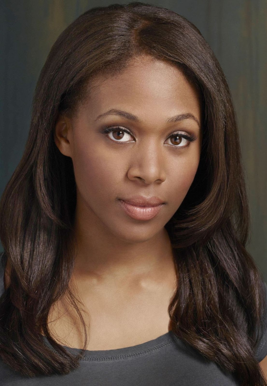 pictures of beautiful women  actress nicole beharie