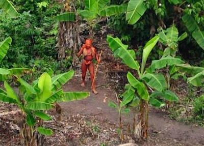 Suku Kulit Merah