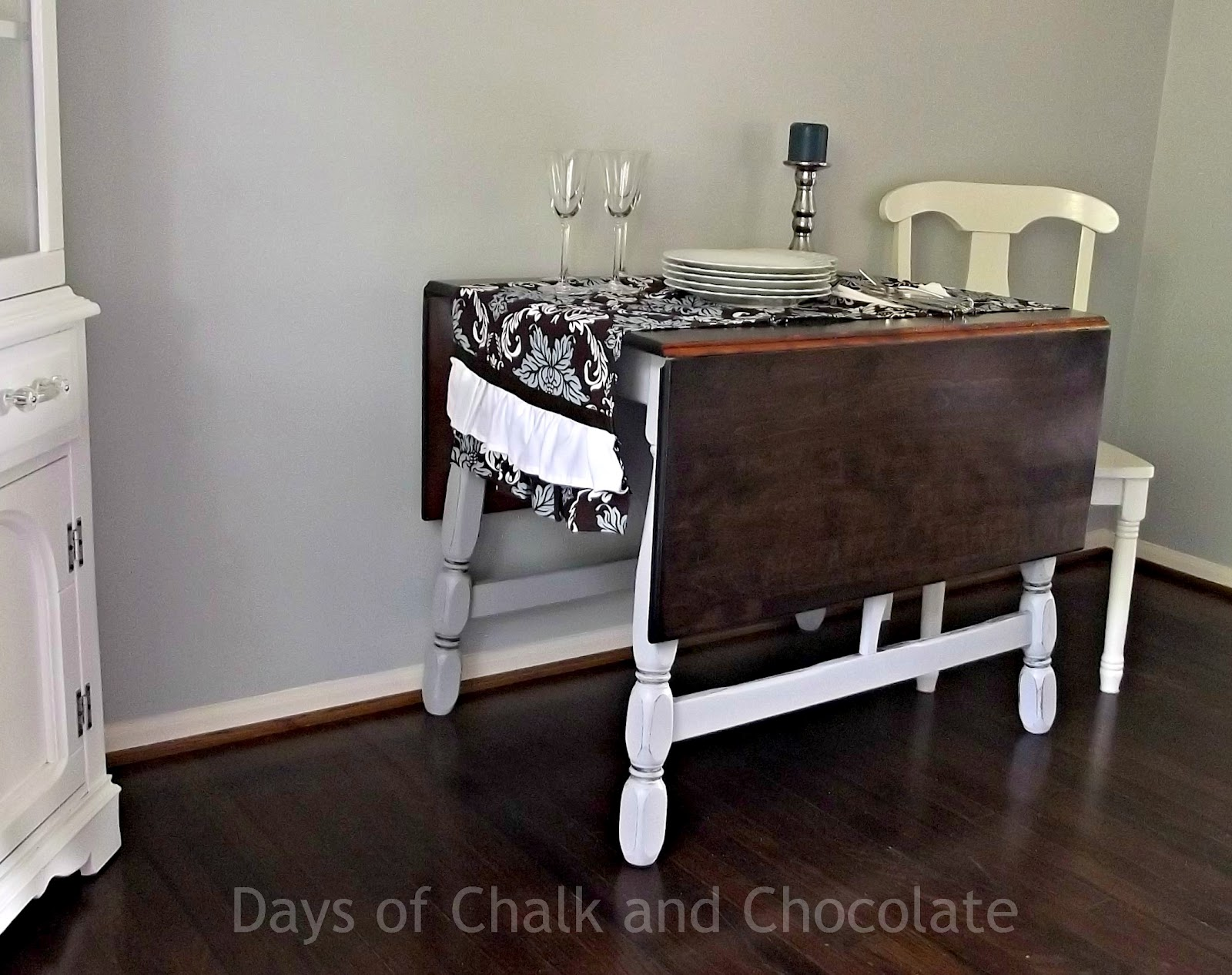 Refinished country table and homemade chalk paint for Redo furniture