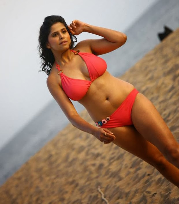 Hot blog photos sai tamhankar hot bikini photos for Hot blog photos