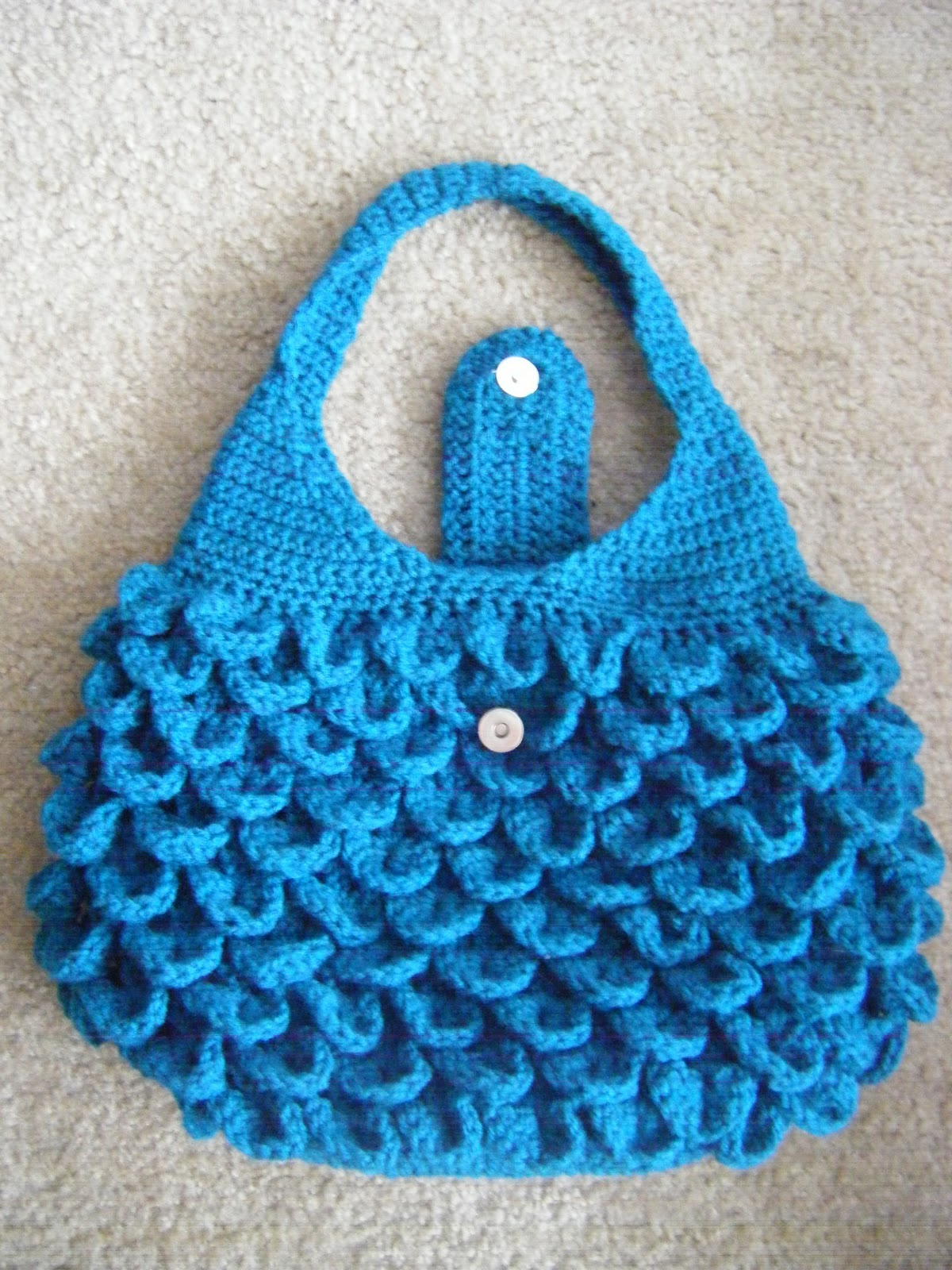 Crochet Patterns For Bags : Best Patterns: Crocodile Crochet Bag PATTERN
