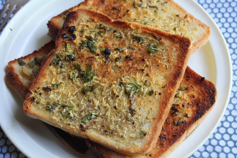 garlic bread is my favourite whenever i make pasta garlic bread is a ...
