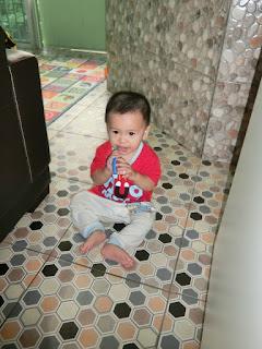 """Cara memberus gigi yang betul .... """" mommy mommy, brush teeth """""""