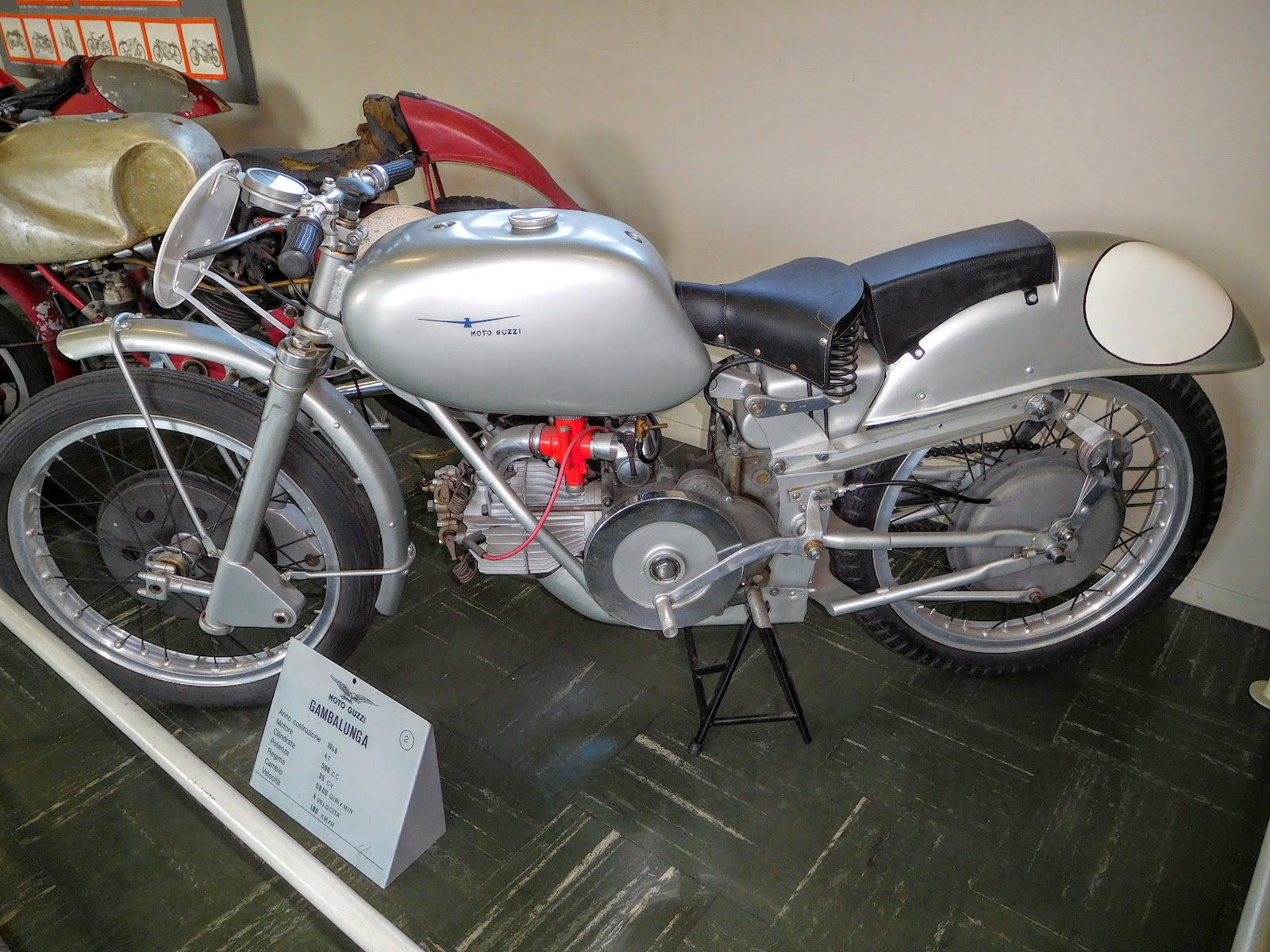 Tigho NYDucati: 1948 Moto Guzzi Gambalunga