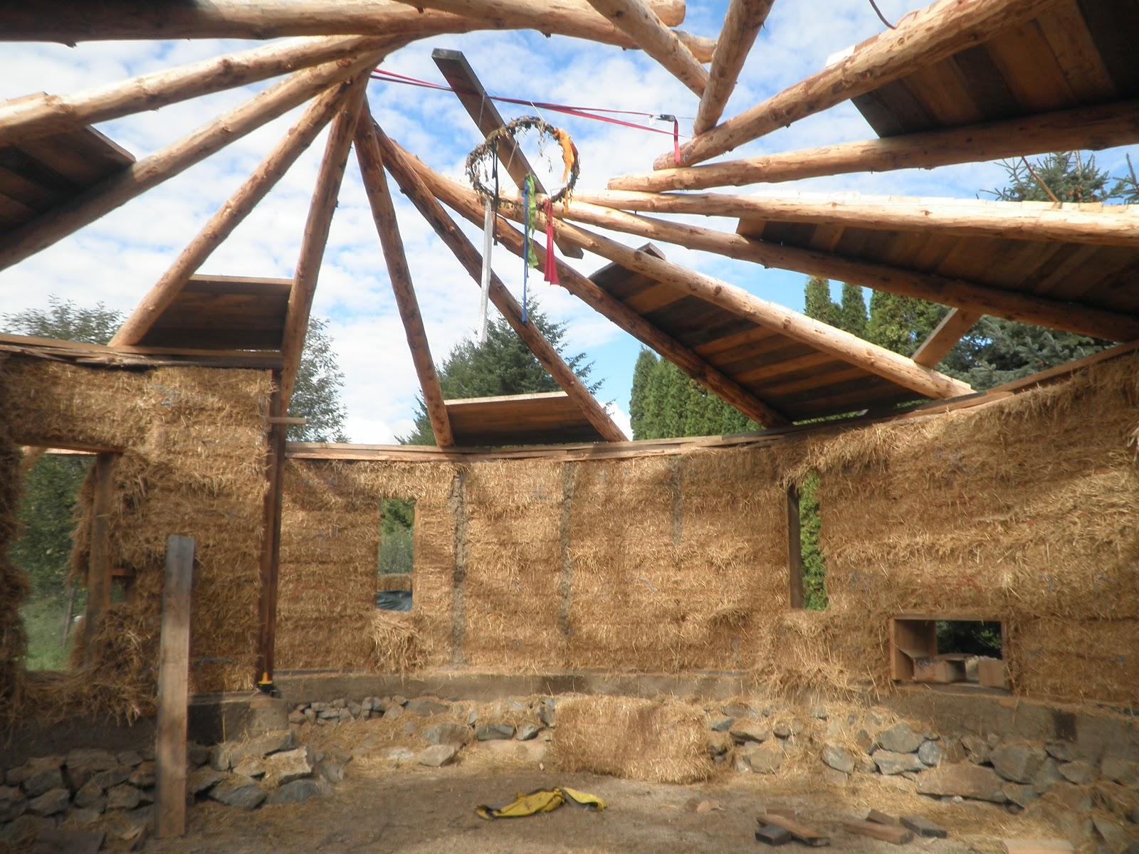 Construire en terre maison en spirale - Construire une maison en terre ...