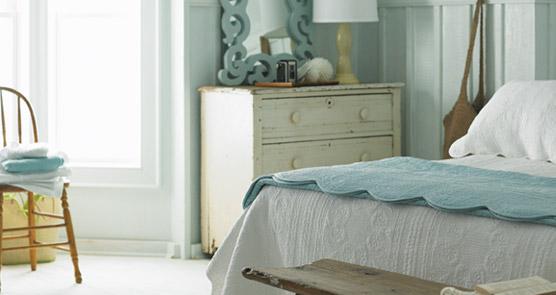 Coast to closet beachy keen bedroom - Habitaciones de color verde ...