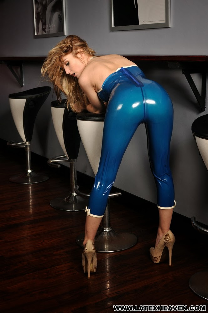 Perfect Ass in Tight Latex Catsuit Sexy Blue Trans Latex