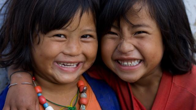 Anak Bhutan Bahagia