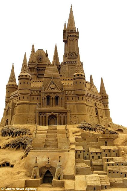 Istana Pasir Paling Rumit di Dunia