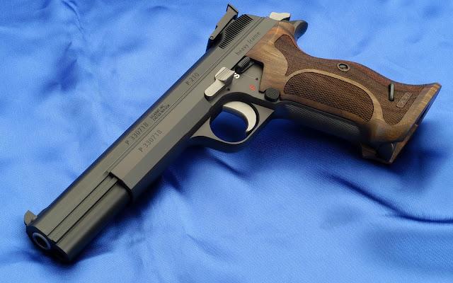 Pistola Sig Sauer SIP P210