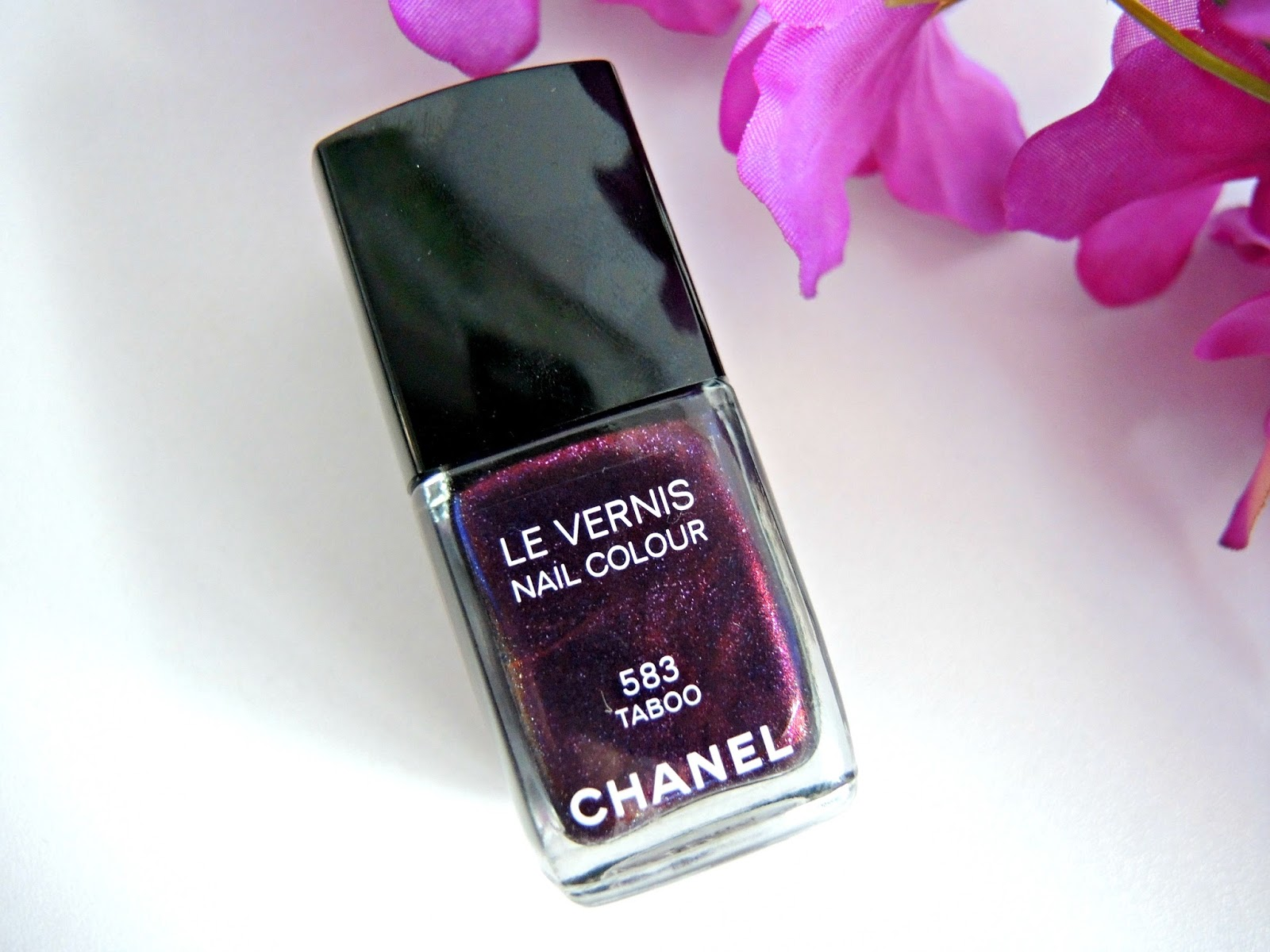 Chanel Taboo Nail Polish Review