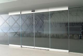 foto de vidraçaria em pinheiros zona sul